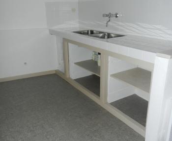 Location Appartement 3 pièces Cheverny (41700) - centre bourg