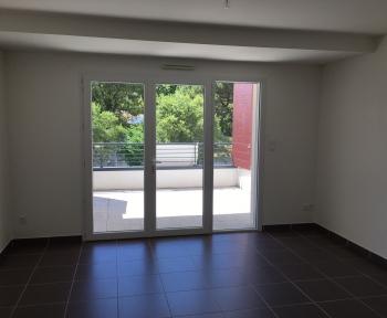 Location Appartement avec balcon 2 pièces Nîmes (30000) - CAMPLANIER
