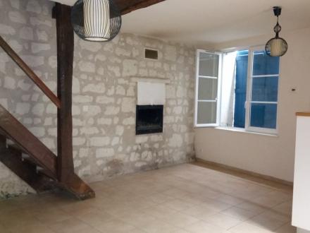 Location Maison 4 pièces Bourré (41400) - SEMI-TROGLODYTE
