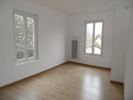 Location Maison 6 pièces Noyers-sur-Cher (41140)