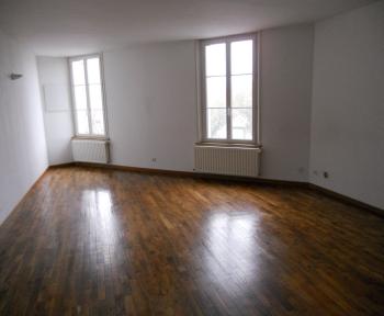 Location Appartement 4 pièces Sainte-Menehould (51800) - proche centre ville