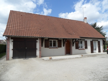 Location Maison 4 pièces Cour-Cheverny (41700) - PLAIN-PIED