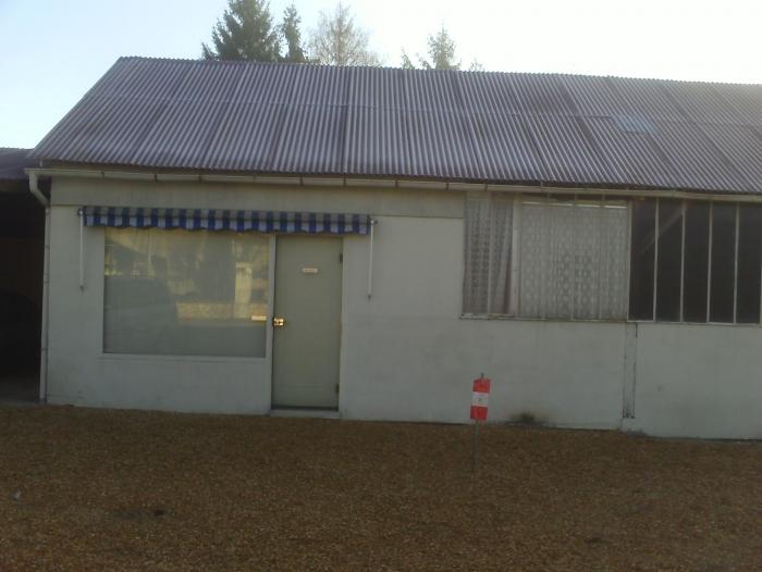 Location Local industriel 3 pièces Couddes (41700) - APPARTEMENT + ATELIER + BOUTIQUE