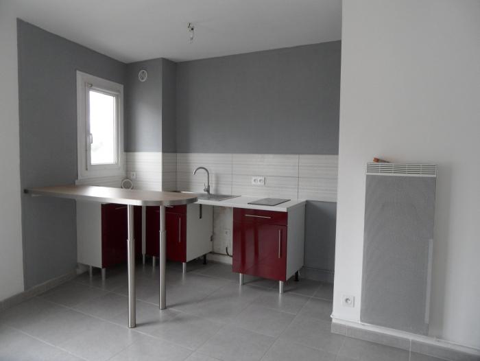 Location Studio Contres (41700) - Centre bourg