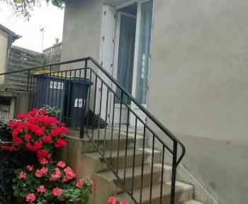 Location Appartement 1 pièces Monnaie (37380) - Centre ville