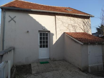 Location Maison 3 pièces Villebarou (41000) - Coeur de village