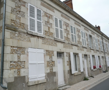 Location Studio 1 pièces Cheverny (41700) - centre bourg