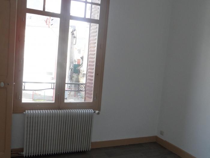 Location Appartement 2 pièces Contres (41700) - Centre bourg