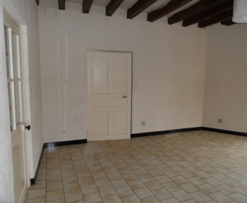 Location Studio 1 pièces Contres (41700)