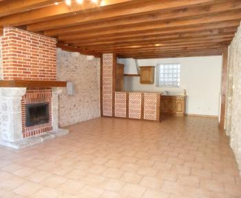 Location Maison 5 pièces Saint-Claude-de-Diray (41350) - Avec jardinet