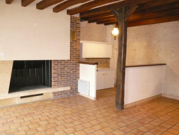 Location Appartement 3 pièces Contres (41700) - CALME