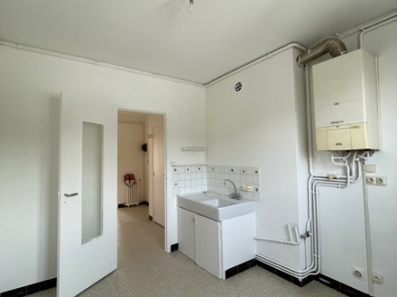 Location Appartement avec balcon 3 pièces Cosne-Cours-sur-Loire (58200)
