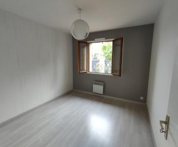 Location Maison 3 pièces Fougères-sur-Bièvre (41120) - CALME